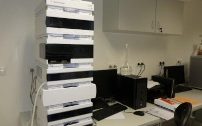 Kvapalinový chromatograf