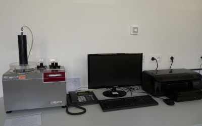 Prístroj na simuláciu kysnutia cesta Rheofermentometer