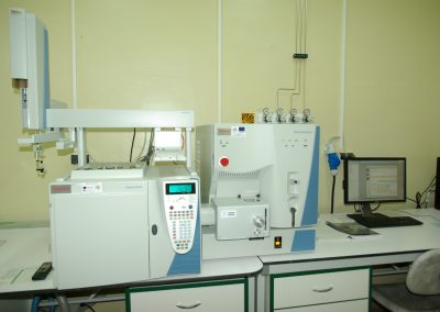 GC-MS MS ThermoScioentific TraceGC Ultra TSQ Quantum XLS with robotic autosampler TriPlus